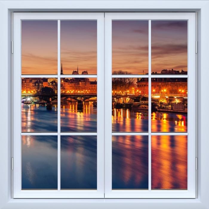 Fototapeta winylowa Okno białe zamknięte - Paryż - Widok przez okno