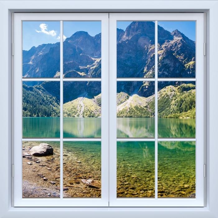 Fototapeta winylowa Okno białe zamknięte - Panorama Morskiego Oka - Widok przez okno