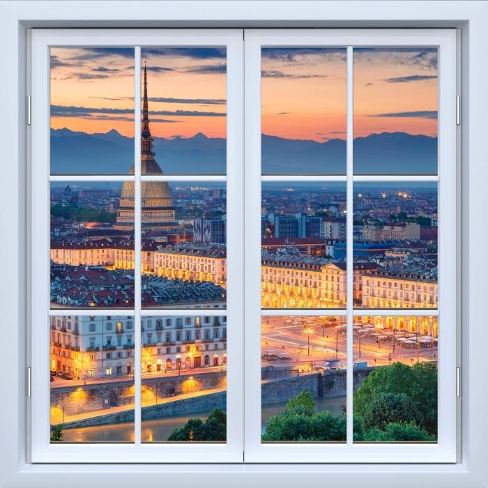 Fototapeta winylowa Okno białe zamknięte - Turyn. Zachód słońca. - Widok przez okno