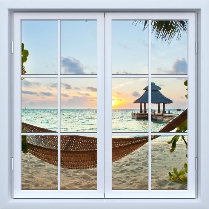 Vinyl-Fototapete Weiß geschlossene Fenster - Hängematte und Sonne - Blick durch das Fenster