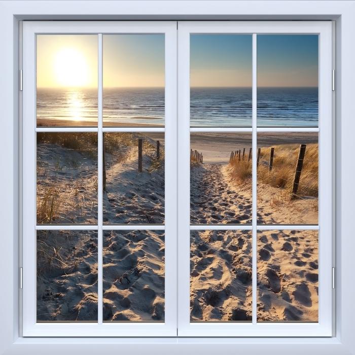 Fototapeta winylowa Okno białe zamknięte - Morze Północne - Widok przez okno