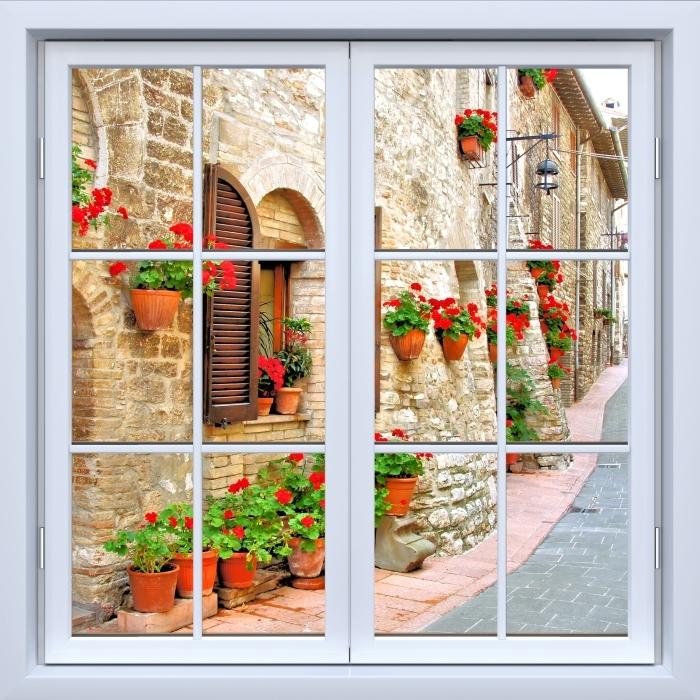 Fototapeta winylowa Okno białe zamknięte - Włoskie wzgórze - Widok przez okno