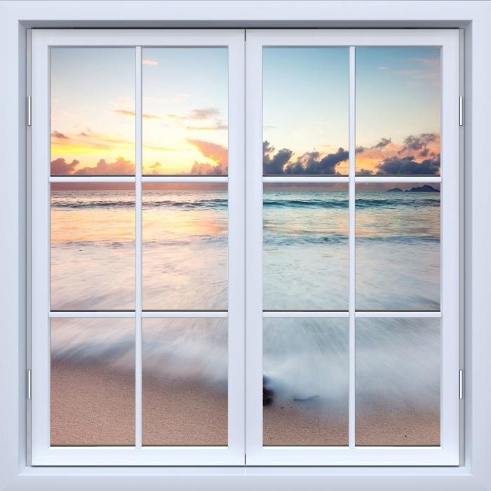 Papier peint vinyle Blanc Fenêtre fermée - Plage - La vue à travers la fenêtre
