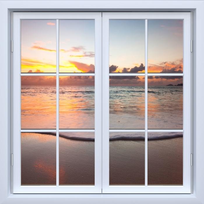 Papier peint vinyle Blanc fenêtre fermée - Coucher de soleil - La vue à travers la fenêtre