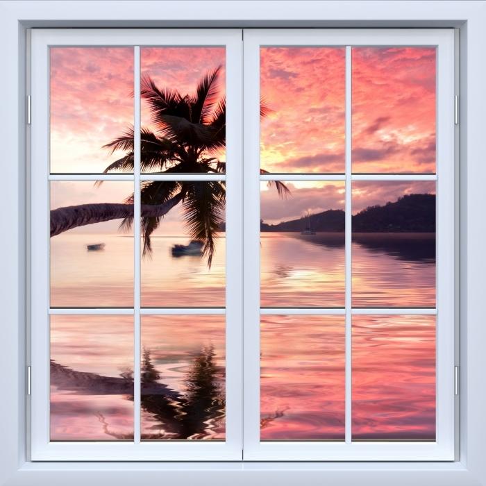Papier peint vinyle Blanc fermé la fenêtre - la mer - La vue à travers la fenêtre