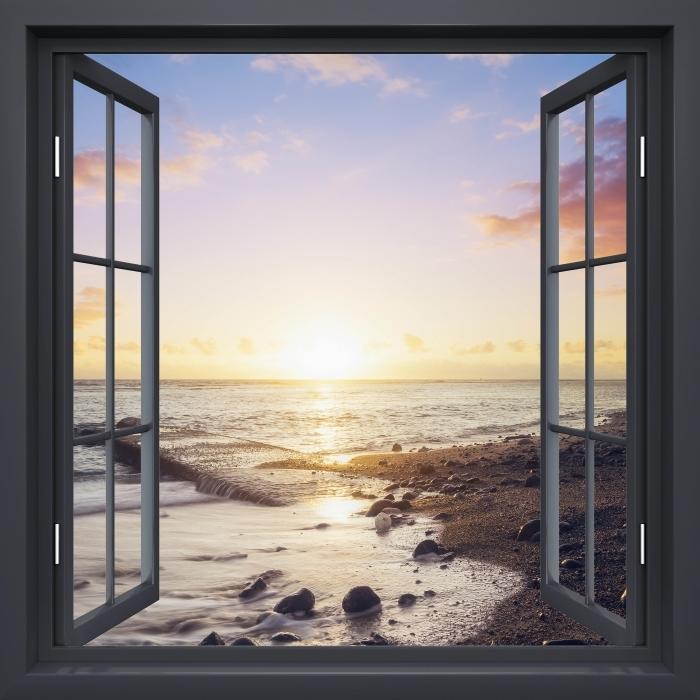 Papier peint vinyle Fenêtre Noire Ouverte - Coucher De Soleil Sur La Plage - La vue à travers la fenêtre