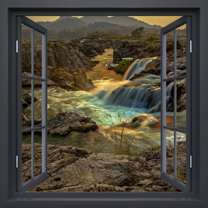 Papier peint vinyle Fenêtre Noire Ouverte - Cascade - La vue à travers la fenêtre