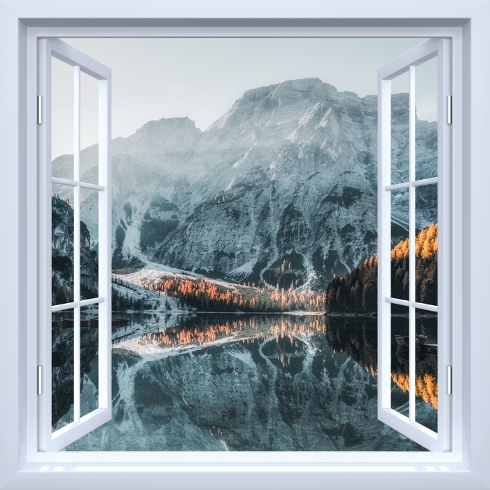 Fototapeta winylowa Okno białe otwarte - Łodzie. Góry Dolomity - Widok przez okno