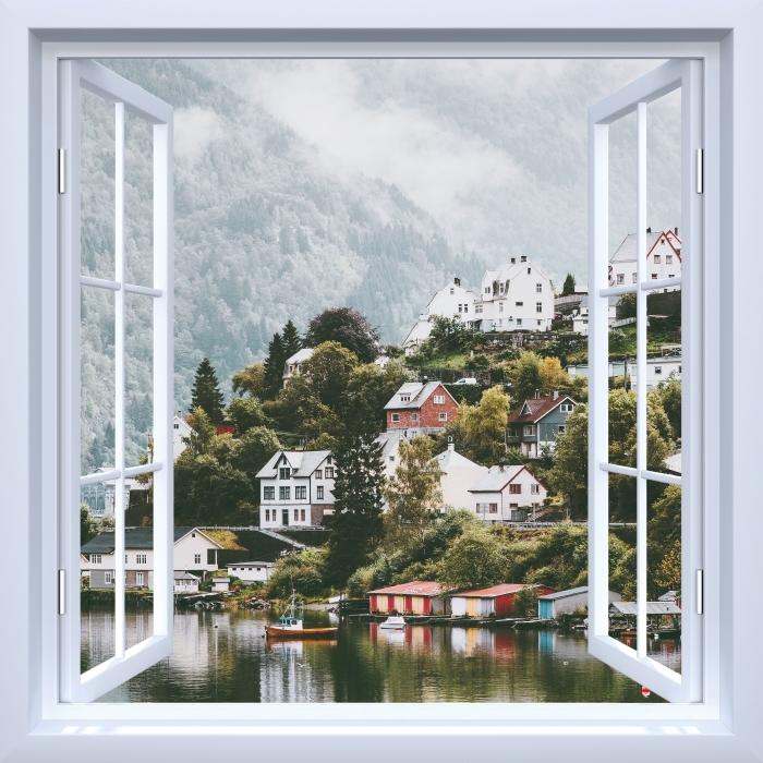 Fototapeta winylowa Okno białe otwarte - Mgliste góry. - Widok przez okno