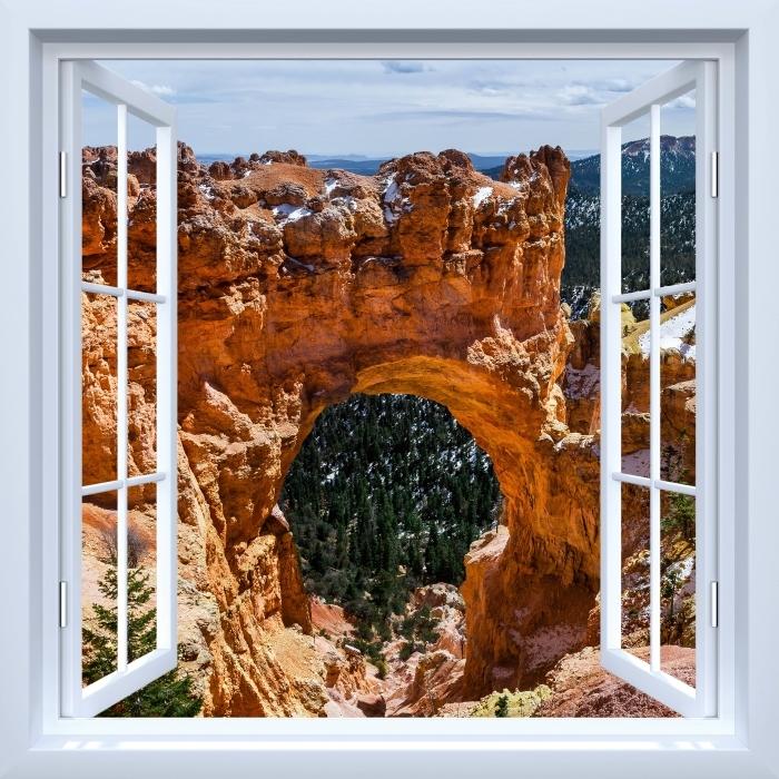 Papier peint vinyle Fenêtre ouverte blanche - Canyon - La vue à travers la fenêtre