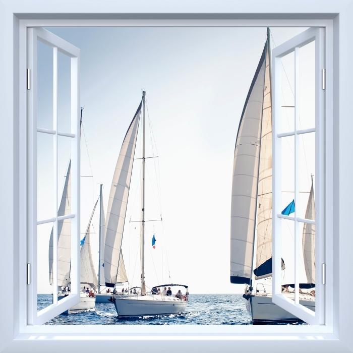 Fototapeta winylowa Okno białe otwarte - Jachty z białymi żaglami - Widok przez okno