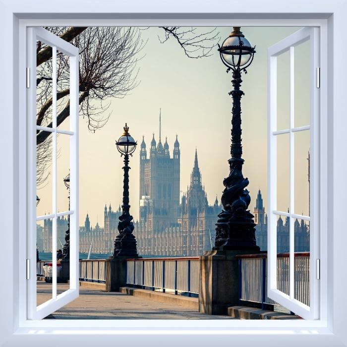 Fototapeta winylowa Okno białe otwarte - Big Ben. Londyn. - Widok przez okno