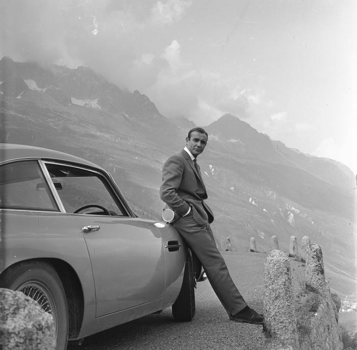 James Bond Vinyl Wall Mural - Themes