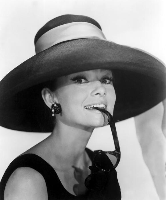 Nálepka Pixerstick Audrey Hepburn - Criteo