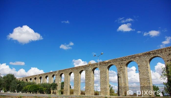 Fototapeta winylowa Ancient Roman Akwedukt w Evora, Portugalia - Europa