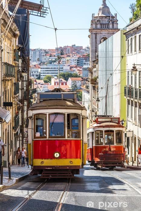 Fototapeta winylowa Lizbona tramwaj - Miasta europejskie