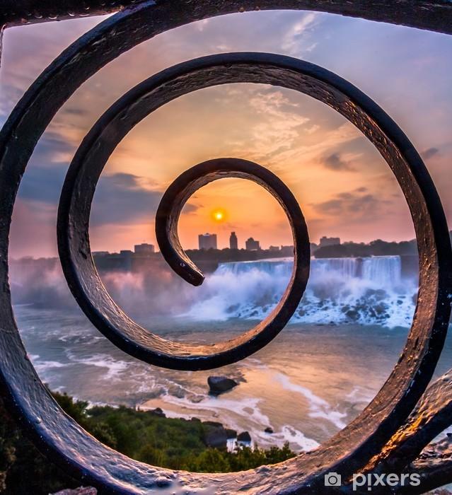 Vinylová fototapeta Pohled na Niagara Falls Park při východu slunce - Vinylová fototapeta