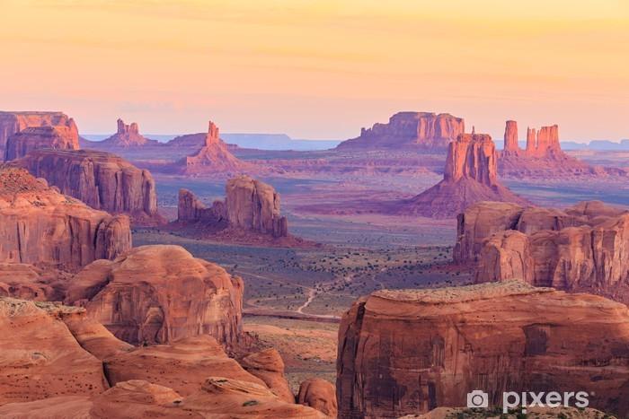 Pixerstick Sticker Sunrise in Hunts Mesa in Monument Valley, Arizona, Verenigde Staten - Landschappen