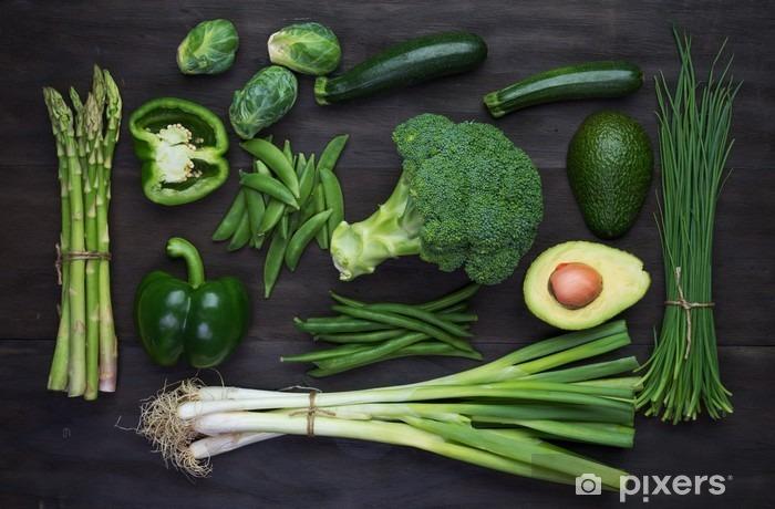 Fototapeta winylowa Świeże zielone warzywa organiczne - Jedzenie
