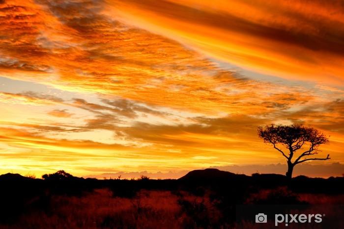 Fototapeta winylowa Afrykański zachód słońca - Szczęście