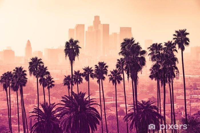 Afwasbaar Fotobehang Los Angeles skyline met palmbomen op de voorgrond - Milieu