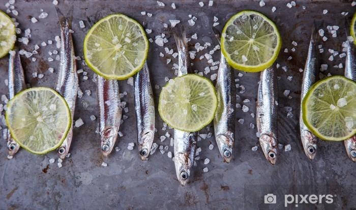Vinyl Fotobehang Ansjovis Fresh Marine Fish.Appetizer. selectieve aandacht. - Eten