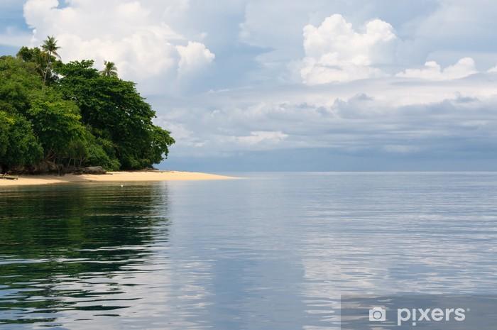 Carta da Parati in Vinile Isola tropicale - mare, cielo e le palme - Isole