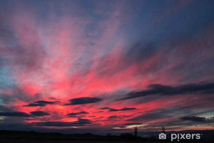 Vinyl Fotobehang Kleurrijke wolken aan de hemel. Kleur getinte afbeelding. - Landschappen