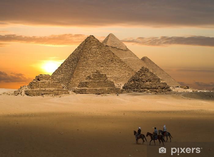 Vinil Duvar Resmi Piramitleri fantezi -