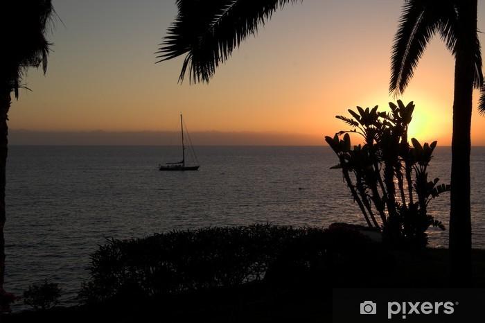 Vinyl-Fototapete Sonnenuntergang mit einem Schiff und Palmen - Himmel