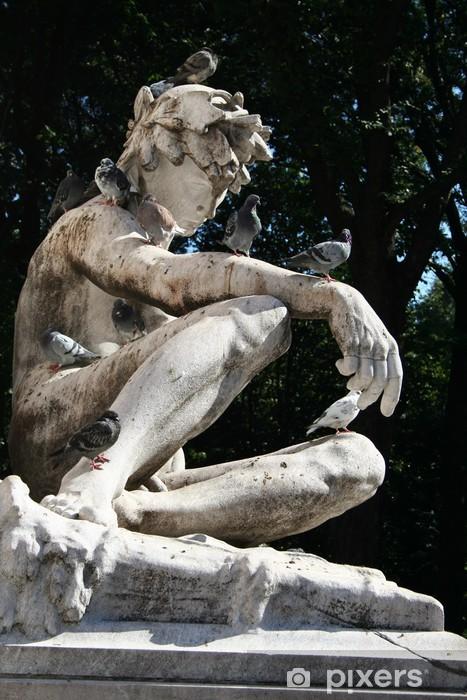Papier peint vinyle La sculpture avec des oiseaux - Monuments