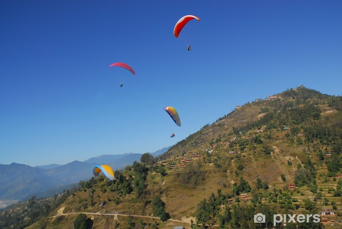 Sticker Pixerstick 4 parapentistes avec vue sur l'Himalaya au Népal - Sports extrêmes