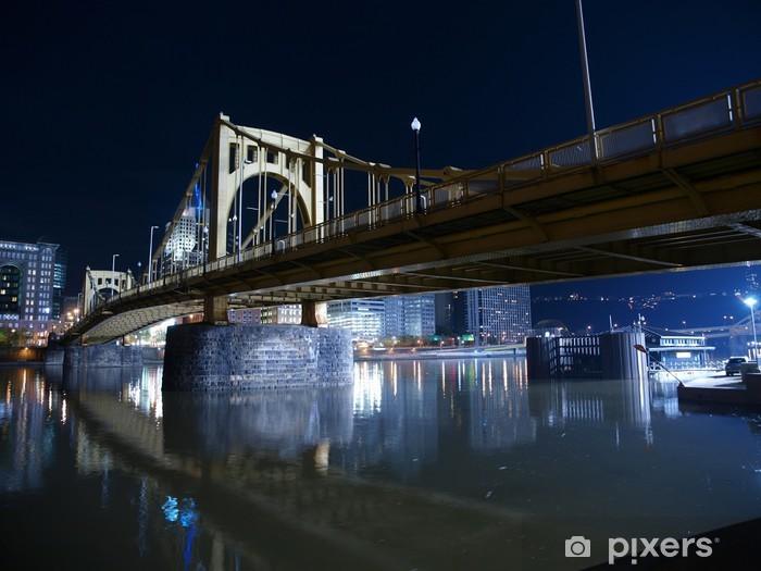 Papier peint vinyle Pittsburgh Bridge de nuit - Amérique