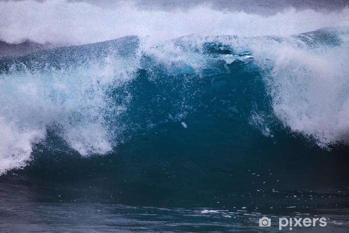 Papier peint vinyle De surf des ondes de tempête contre la rive Oahu - Eau