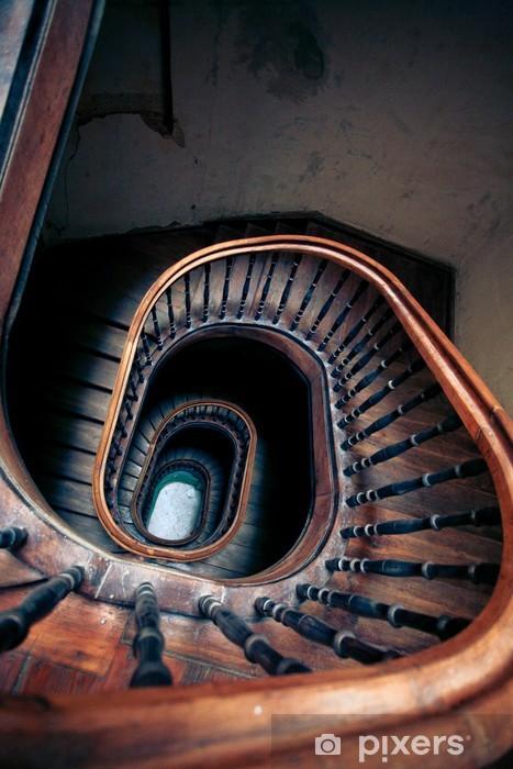 Papier peint vinyle Très ancien escalier en colimaçon - Propriétés privées