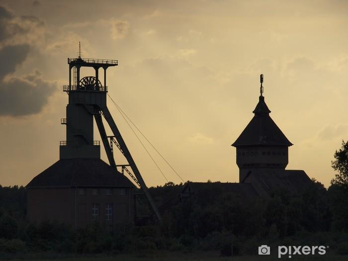 Fototapeta winylowa Stara kopalnia w pobliżu Lehrte - Przemysł ciężki