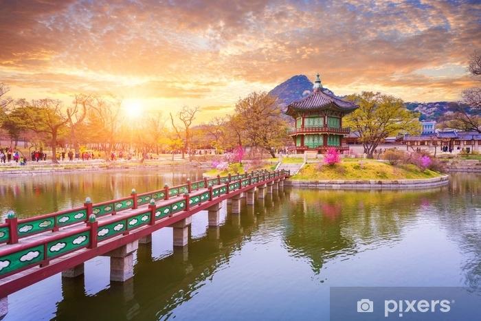 Afwasbaar Fotobehang Gyeongbokgung paleis in de lente, Zuid-korea. - Reizen