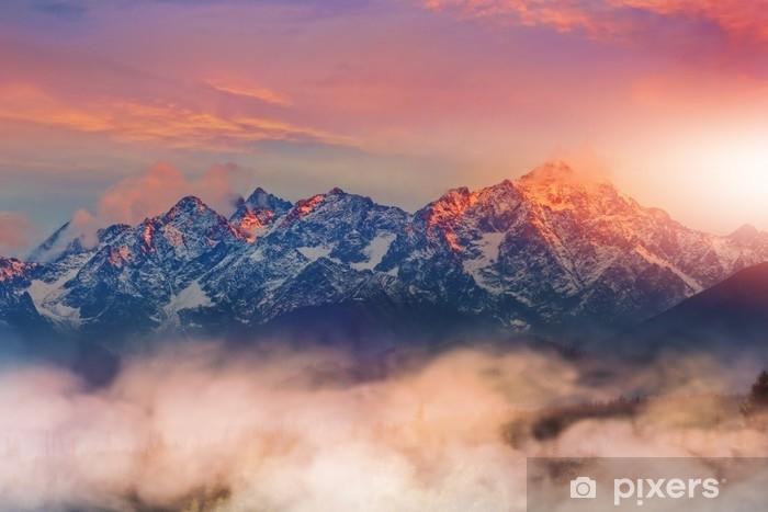 Fototapeta zmywalna Piękny i kolorowy widok na Tatry - Krajobrazy