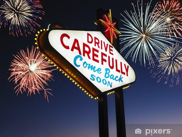 Naklejka Pixerstick Zostawić Las Vegas znak z fajerwerkami w tle - Wakacje