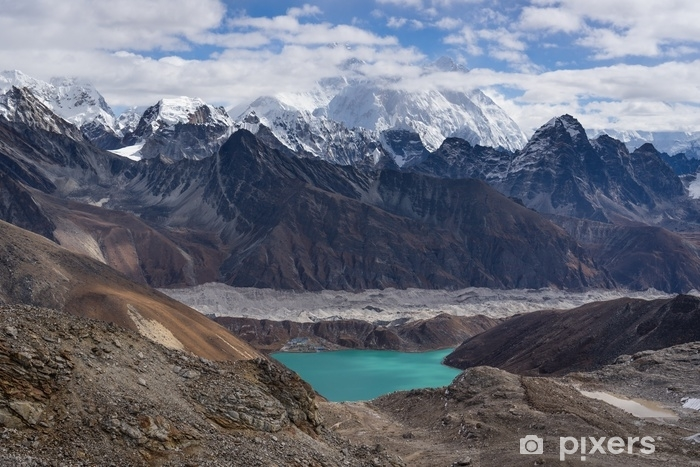 Fototapeta winylowa Widok górski himalajów od renjo la pass, region everest, nepal - Krajobrazy