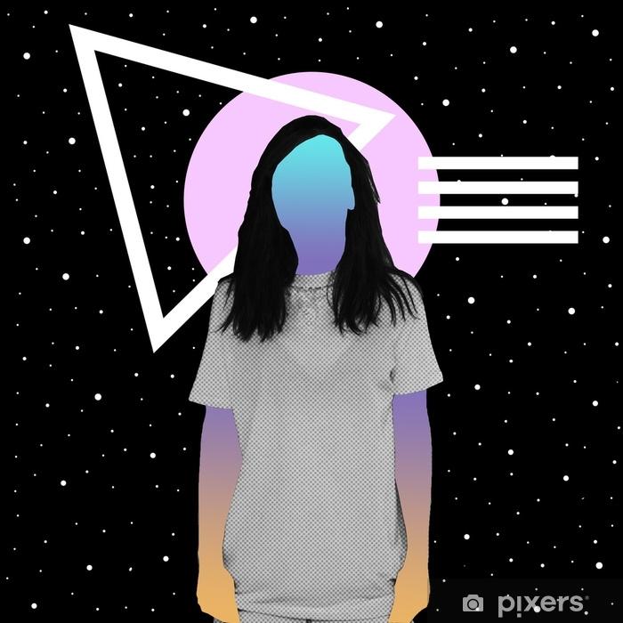Fototapeta zmywalna Dziewczyna z teksturą gazety i gradientem zamiast twarzy stoi na tle przestrzeni i geometrycznych kształtów. kolaż współczesnej sztuki. - Zasoby graficzne