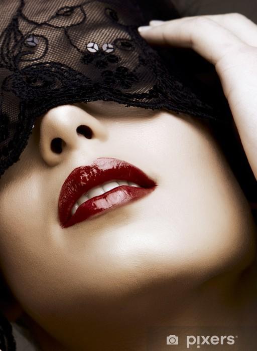 Naklejka Pixerstick Kobieta w masce - Tematy