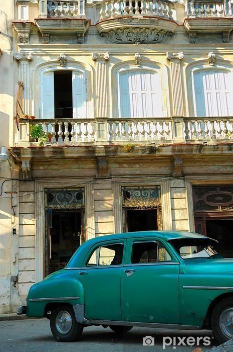 Green vintage car parked in Havana street Pixerstick Sticker - America