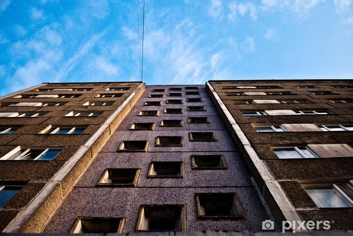 Naklejka Pixerstick Patrząc w górę - Pejzaż miejski