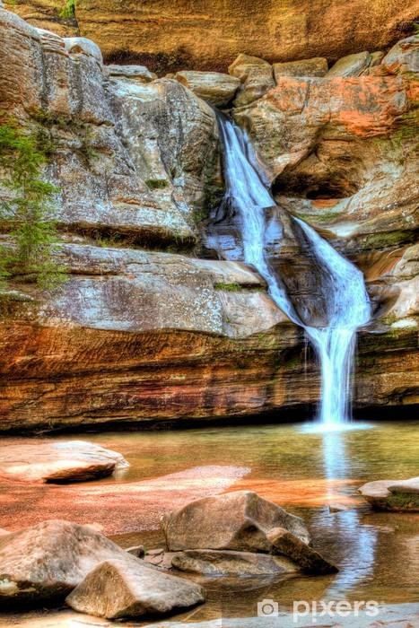 Naklejka Pixerstick Piękny wodospad na dzień wiosny - Woda