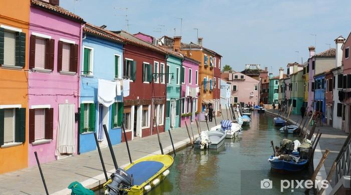 Fotomural Estándar Bunte Häuserfront am Kanal en Burano - Ciudades europeas