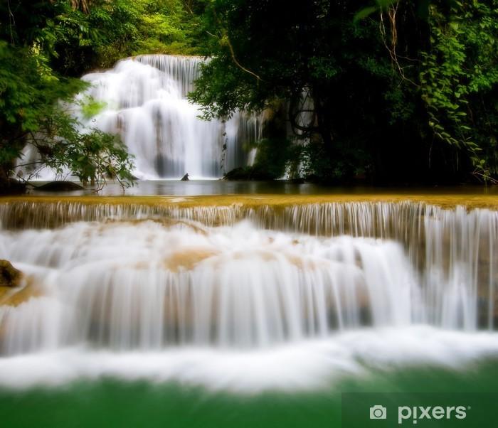 Fototapeta winylowa Wodospad w zachodniej Tajlandii - Woda