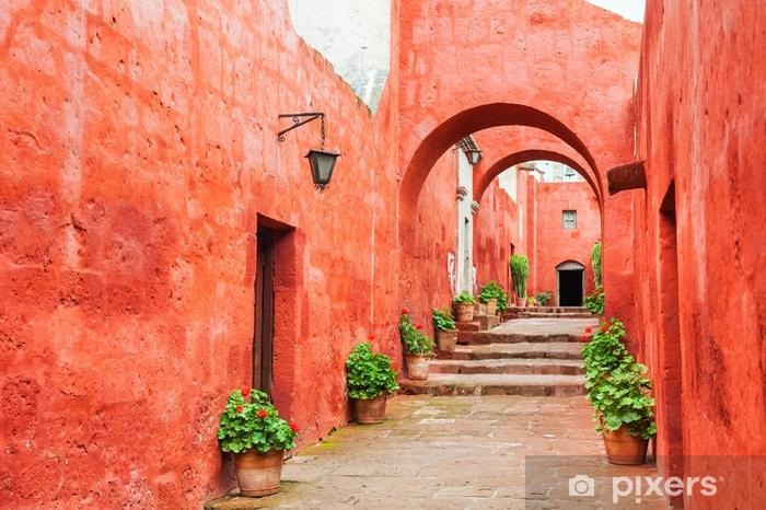 Fotomural Estándar Paredes rojas en el monasterio de santa catalina en arequipa, peru. - Construcciones y arquitectura