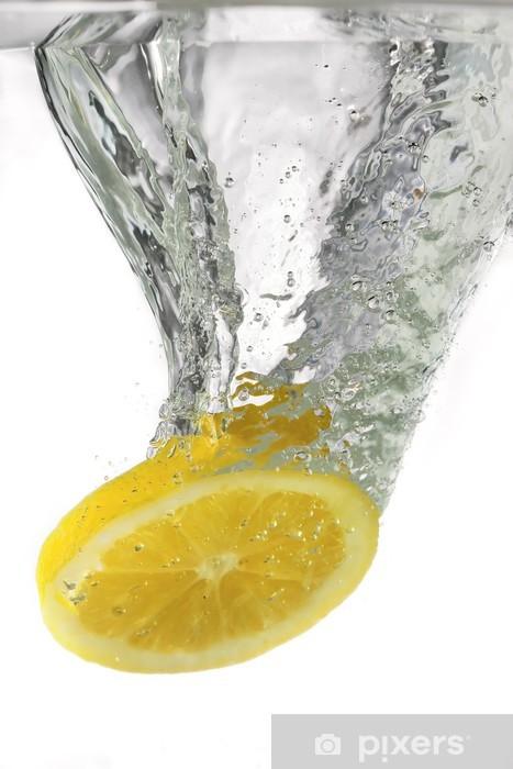 Fototapeta winylowa Cytryny w wodzie - Przeznaczenia