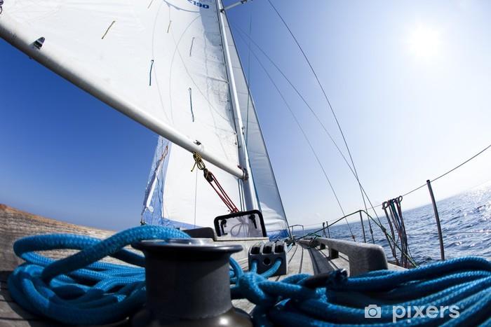 Fototapeta samoprzylepna Kokpit jachtu z wciągarką - Transport wodny